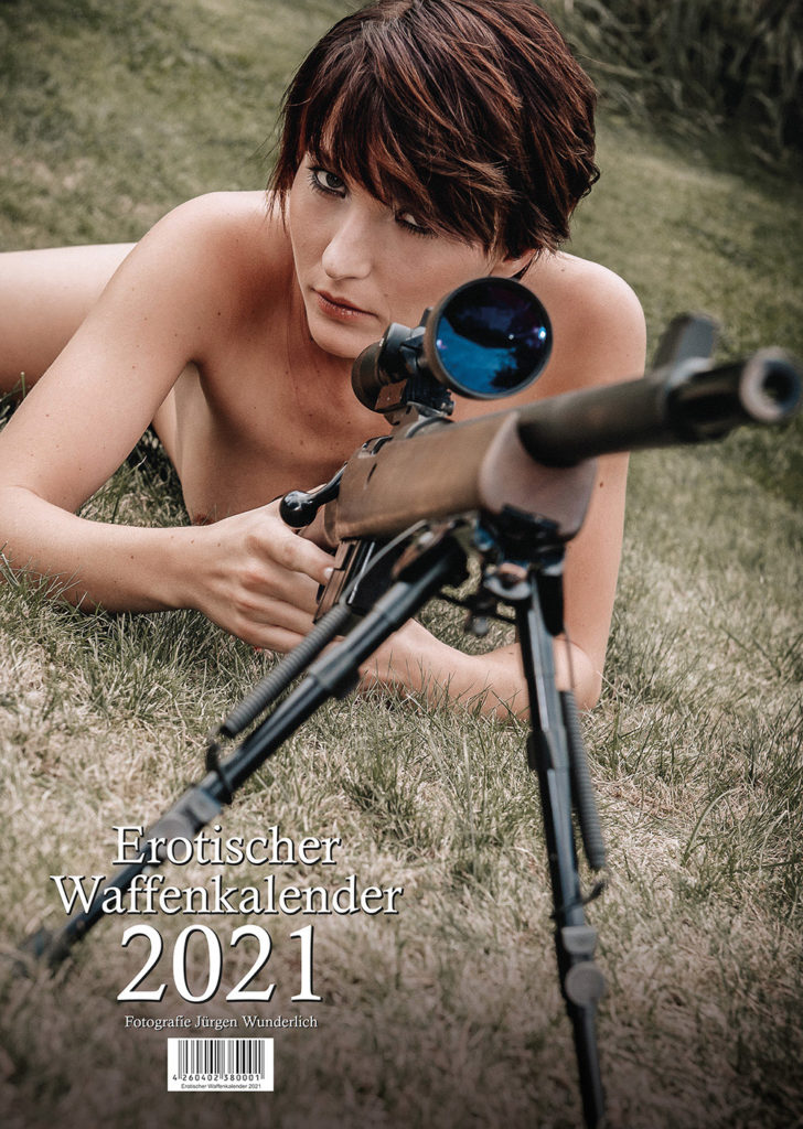 "Titelblatt Kalender ""Erotischer Waffenkalender 2021"""